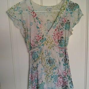 Maternity flower shirt